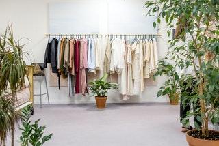Megéri a több száz kg-os bálás ruha?